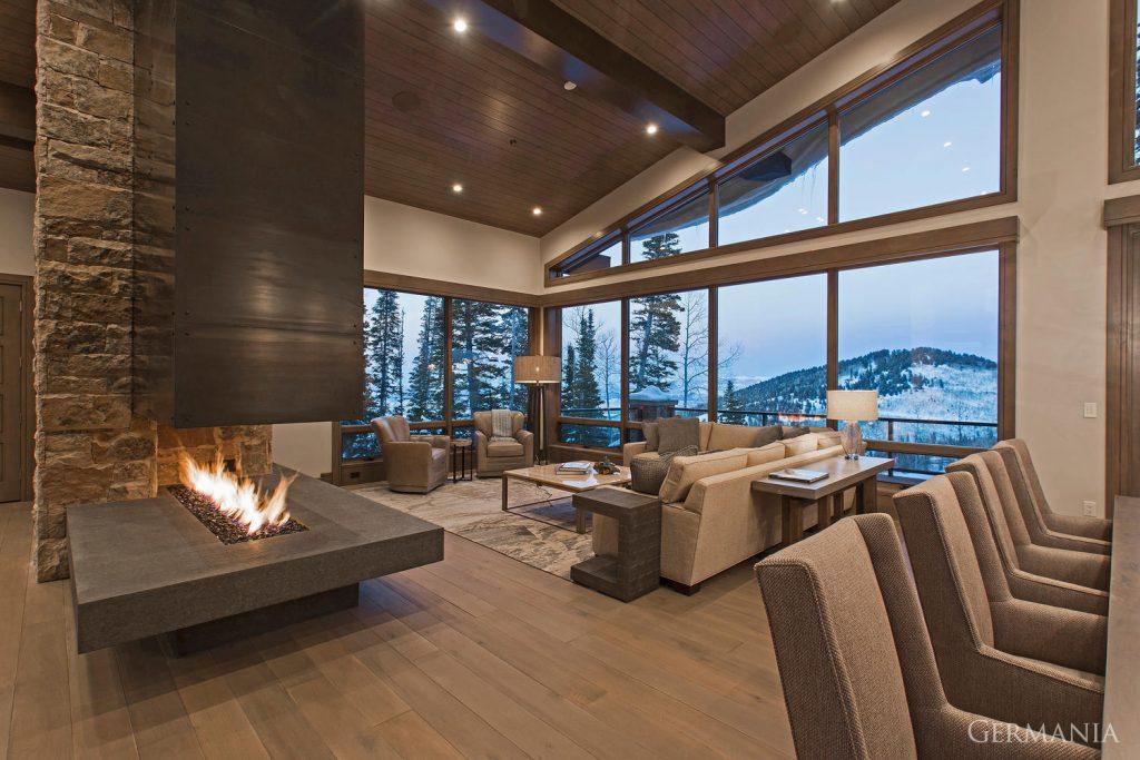 Build custom luxury home dining room