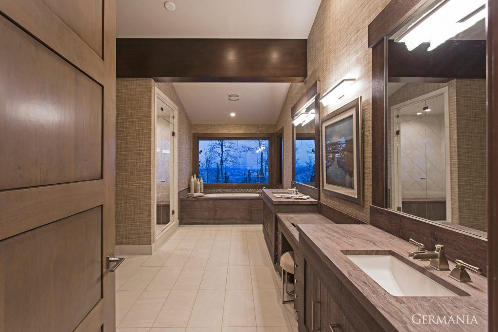 Build your dream house master bathroom
