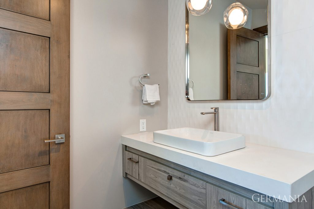 Custom luxury home bathroom