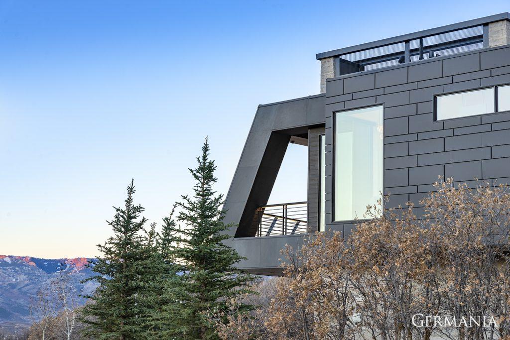 Luxury home builders exteriors
