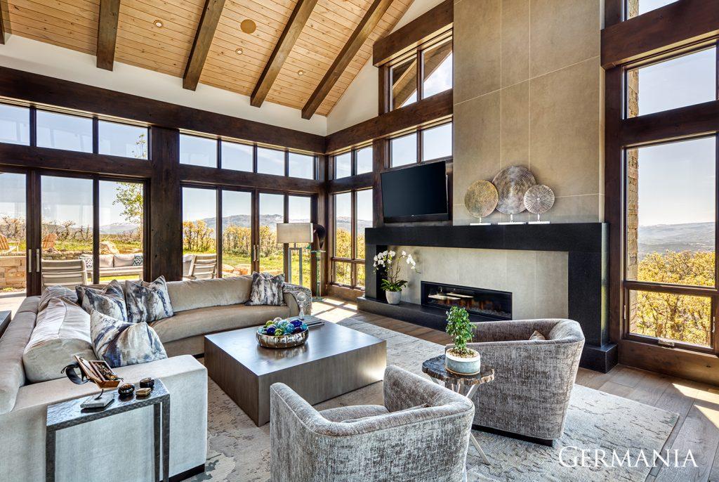 Luxury home living room kamas