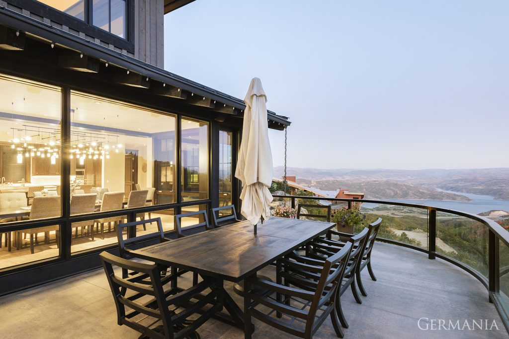 Vacation home deck